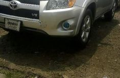 Sell well kept 2011 Toyota RAV4 automatic at price ₦4,300,000