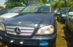 Sell well kept 2002 Mercedes-Benz ML 320 automatic