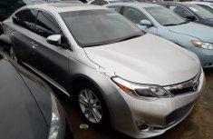 Selling 2014 Toyota Avalon automatic