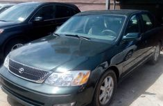 Need to sell cheap used green 2003 Toyota Avalon automatic in Lagos