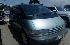 Well maintained 1999 Toyota Previa manual for sale at price ₦1,750,000
