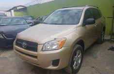 Sell gold 2011 Toyota RAV4 automatic at price ₦3,200,000