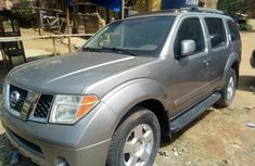 Sell high quality 2005 Nissan Pathfinder suv automatic in Lagos