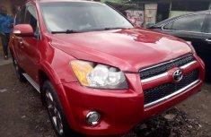 Selling 2012 Toyota RAV4 automatic