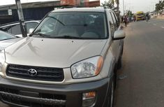 Need to sell used 2001 Toyota RAV4 suv automatic at cheap price