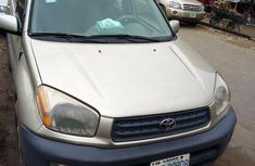 Need to sell high quality gold 2003 Toyota RAV4 suv automatic in Ikeja