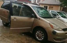 Sell well kept 2008 Toyota Sienna at price ₦1,500,000 in Ilorin