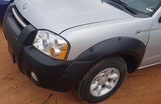 Sell used 2002 Nissan Frontier suv automatic at mileage 98,000
