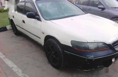 Sell white 2001 Honda Accord automatic