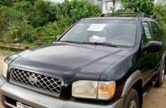 Need to sell high quality 1998 Nissan Pathfinder suv  automatic at price ₦800,000