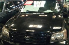 Selling 2002 Toyota Highlander automatic at price ₦1,100,000 in Ikeja