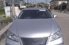 Need to sell used 2007 Chrysler ES automatic at cheap price