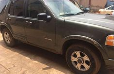 Sell well kept grey 2003 Ford Explorer suv automatic