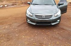 Sell very cheap clean grey 2009 Honda Accord in Akure