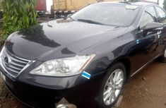 Well maintained black 2012 Lexus ES suv automatic for sale