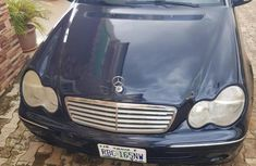 Need to sell blue 2001 Mercedes-Benz C240 at mileage 88,000 in Abuja