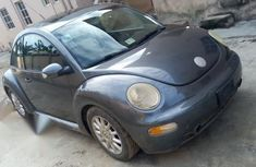Used grey/silver 2004 Volkswagen Beetle automatic for sale at price ₦700,000