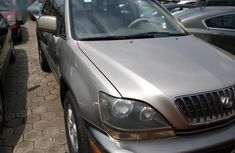 Neatly used 2002 Lexus RX for sale in Ikeja