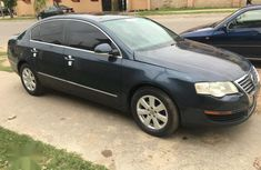 Blue 2007 Volkswagen Passat automatic for sale in Abuja