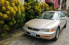 Need to sell high quality 1997 Honda Accord at price ₦550,000