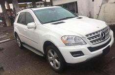 Sell white 2009 Mercedes-Benz ML 500 in Lagos at cheap price