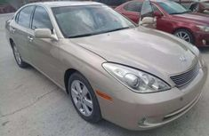 Used gold 2004 Chrysler ES automatic for sale at price ₦2,300,000