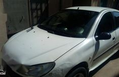 Sharp white 2002 Peugeot 206 (origin: domestic)