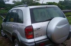 Sell well kept 2001 Toyota RAV4 automatic at mileage 52,369