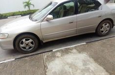 Selling grey/silver 2000 Honda Accord wagon / estate automatic in Ikeja