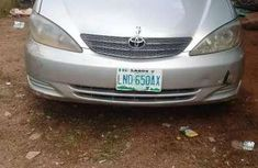 Need to sell grey 2004 Toyota Camry at price ₦1,000,000