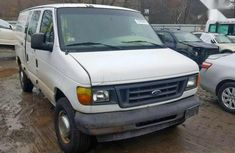Selling 2002 Ford Econoline automatic at price ₦2,000,000