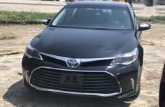 Sell cheap black 2016 Toyota Avalon automatic