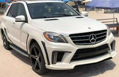Sell well kept 2013 Mercedes-Benz ML automatic at mileage 100,000