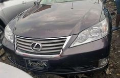 Sell other 2010 Chrysler ES at mileage 27,000 at cheap price