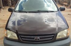 Selling brown 2003 Toyota Sienna automatic in Lagos