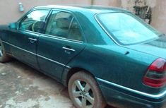 Well maintained 2000 Mercedes-Benz C230 automatic for sale in Enugu