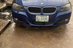 BMW 320i 2010 Blue
