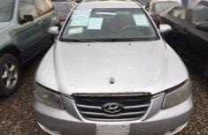 Selling 2006 Hyundai Sonata automatic at mileage 10,000