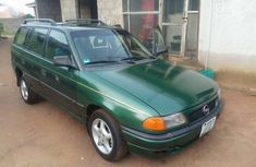 Very sharp neat used 1999 Opel Astra manual for sale in Lagos