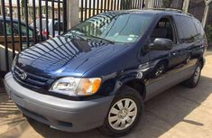 Used 1999 Toyota Sienna automatic for sale at price ₦650,000
