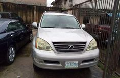 A super clean Nigerian used 2004 Lexus GX470 for sale