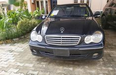 Selling 2007 Mercedes-Benz C280 in good condition at mileage 130,000