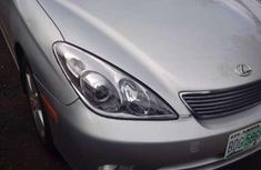 Authentic used 2005 Chrysler ES at mileage 260,718 for sale
