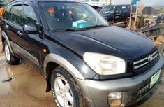 Best priced black 2002 Toyota RAV4 suv automatic in Lagos