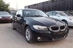Well maintained 2010 BMW 318i for sale at price ₦2,500,000