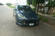 Sell well kept black 2006 Peugeot 307 automatic at price ₦800,000