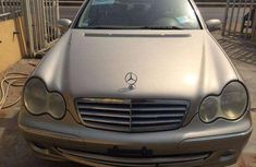 Very sharp neat 2005 Mercedes-Benz 240 for sale in Lagos
