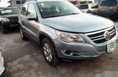 Selling blue 2011 Volkswagen Tiguan suv / crossover in good condition
