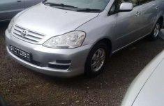 Sell cheap grey 2004 Toyota Picnic suv automatic