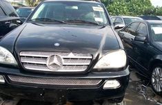 Selling 2003 Mercedes-Benz ML 320 automatic in good condition